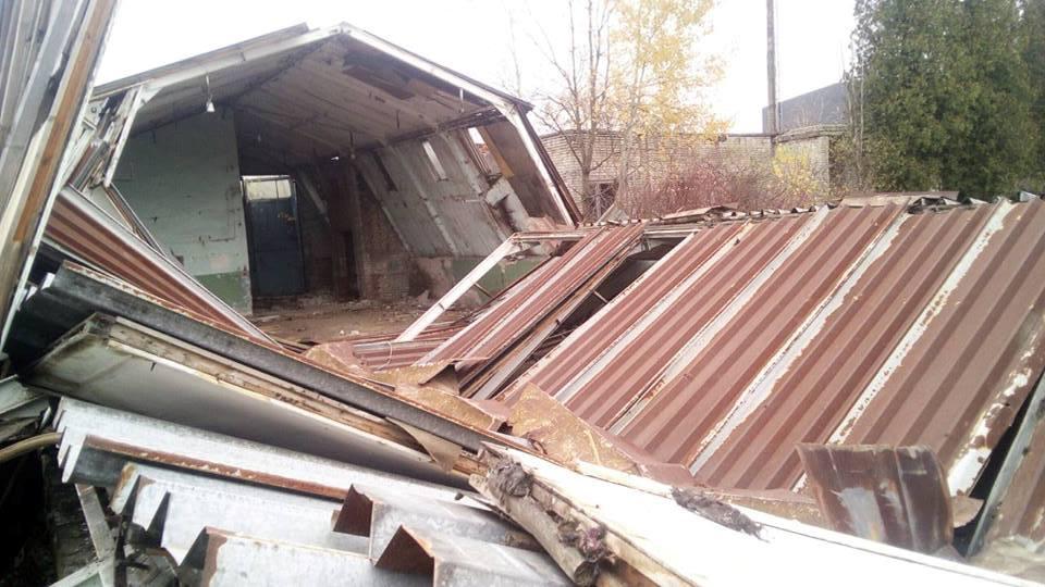 НаЛьвівщині внаслідок обвалу промислової будівлі загинув чоловік