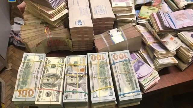 У Львові викрили конвертаційний центр з оборотом у 20 мільярдів гривень