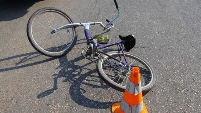 У Франківську маршрутний автобус збив велосипедиста