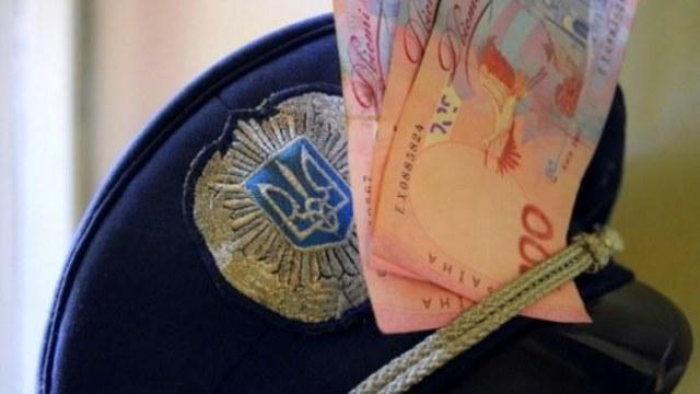 Офіцера поліції затримали на хабарі у Львові